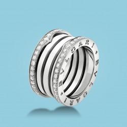 B.zero1 4-Band-Ring Weißgold und Diamanten.